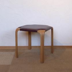 Alvar Aalto / アルヴァ・アアルト  X608 スツール【レザー】